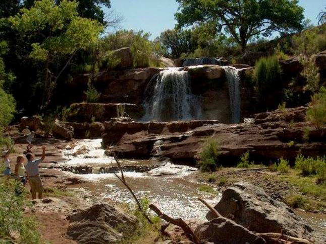 essays on waterfalls Tennessee has over 500 waterfalls, most of which are located in the eastern portion of the state, along the cumberland plateau or in the applachian mountains.